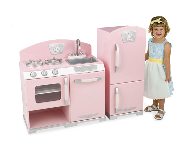 Amazing Pink Retro Kids Kitchen